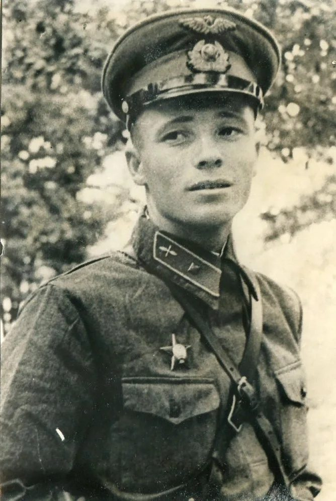 Мл. лейтенант Виктор Васильевич Талалихин (1918-1941)